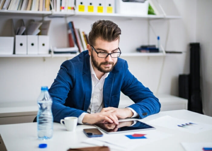 10 Biggest Time Wasters That is killing  Your Productivity